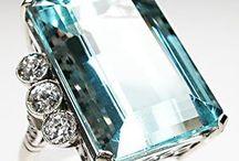Jewelry / by DeeAnna Martin Sears