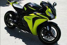 Motorcycle Decals / Decals, vinyls and custom visualisation.