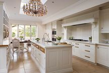 Classic beauties / Timeless kitchen design that looks fabulous all day, every day