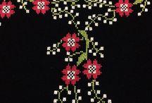 Kırmızı çiçek seccade