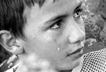 crying boy / los chicos tambien lloran