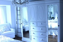 Dressers, Chests & Wardrobes
