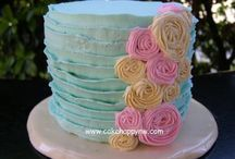Cupcake and cake / by Casi Pence