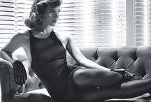Ideas For an Elegant Photoshoot / Some ideas on poses and clothing for an elegant photoshoot.  Visit www.plushstylephoto.com