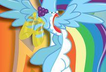Dashie / Vous aimez Rainbow Dash?Ce tableau est fait pour vous! / by Ozden Sarikaya