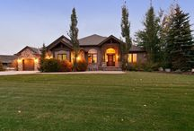 Starr Lane - Oakley / Lane Myers Construction had the opportunity to design and build this vacation home in the heart of Oakley, Utah, and we created a home that brought the comfort of a cabin and combined it with the luxury of finely crafted materials. This home can accommodate any manner of activities- and with a spacious yard, areas for animals like horses, and a barn that includes a kitchen area, our Oakley cabin takes vacationing to a whole new level.