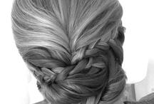 Um cabelo novo todo dia, que alegria :) / by Manoela Campos
