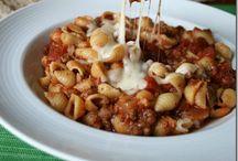 Crockpot, soups & stews / by Kelli Jordan