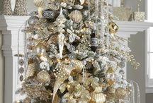Gold christmas tree inspo