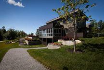 FENÊTRES | WINDOWS / Pour mixer l'espace extérieur à l'espace intérieur. | Mixing outdoor and indoor spaces.