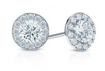 Halo Diamond Studs / The largest collection of Halo Diamond Stud Earrings.
