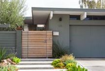Eichler Home Fence Ideas / Looking for inspiration on re-doing your Eichler fence? Look here for modern and mid-century modern fencing ideas!