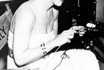 hollywood hookers / Famous people who love to knit!