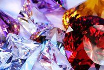 Top 10: Las Piedras Preciosas Más Costosas / Para encontrar la lista completa y más información. Visita: http://tendenciasjoyeria.com/top-10-las-piedras-preciosas-mas-caras/