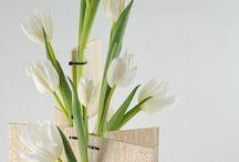 suport birou pentru  flori