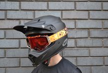 2018 Oakley Airbrake Motocross Googles / Oakley Airbrake MX is the new standard of protection, clarity, comfort and convenience.  Not since the early days of motocross has a single goggle design brought so much innovation. With the Oakley Airbrake MX Goggle you are now looking at the future of motocross goggles.
