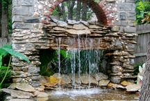 Fountains, ponds, waterfalls, and other water features / Bodies of water / by Liz No