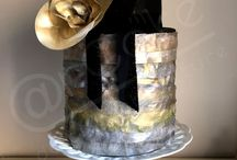 Modern Metallic Cakes /  #antique-gold #gold #luster #rose-gold #silver #metallic #featured-cakes #cakecentral