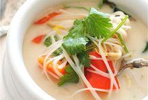 Recipes: Slow ˇ Cooker / Big fan of crock pot + slow cooker meals.