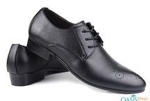 Wholesale Formal Shoes / Check out the latest collection of formal shoes for men & Women. http://www.oasisshoes.net/wholesale/formal-shoes/