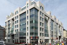 Philip-Johnson-Haus Berlin mit Flosser Granit