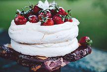 Pavlova and meringue