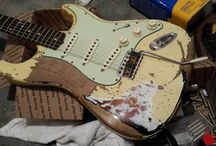 Wonderful guitars, guitar players and gear