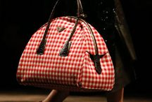 Heavenly Handbags / by Chantelle Thompson