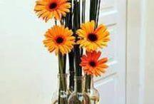 garrafas de decoradas com flores