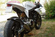 Tuffers / Motorcycles, mostly cafe racers / by Sacha Dirikx