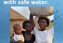 Rent vann - 100 barn / Clean water - 100 children / Go here: http://give.water.org/fundraiser/2060/  Mangel på tilgang til rent vann og sanitær dreper barn med en hastighet som tilsvarer at en jumbo jet krasjer litt oftere enn hver fjerde time.  For hver $ 25 kan Water.org gi noen tilgang til rent vann for livet.