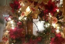 Christmas creations / Crafty christmas / by Jodi Hunley