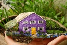Rock Houses / Cottage with fence