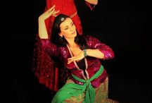 Helia dance company / Helia Dance Company features a group of talented Persian Dance professionals, all personally selected and educated by Helia herself. All members of the dance company have passed an intensive course and exam to be able to provide the best and most enchanting Persian Dance performances available.