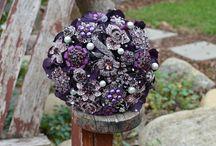 Brooch bouquets - purple