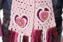 crotchet accessories / by Elika Purry