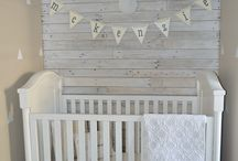 Rustic Nursery Ideas / Rustic decor evokes simplicity, calmness and a connection to the outdoors, and we think that's why this trend is especially popular when it comes to nursery design. Here are some of our favorite rustic nursery ideas!