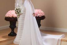 Barbi nevěsty / různé šaty pro  Barbi nevěsty