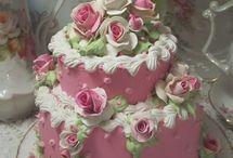 Vintage Shabby Cake Design