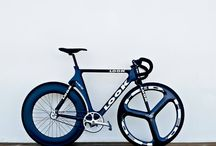 b / Bikes and boards and similar objects, presented in an ever so beautiful way