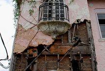 Verlaten gebouwen en ruïnes