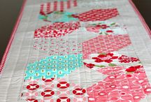 Table Runners / by LaVeta Smelser