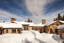 High Andesite / A mountain retreat where stone, timber and views create the perfect apres ski setting.