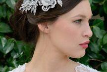 Peinetas de Novia - Odilia Bridal / Preciosas peinetas de novia para completar tu look bridal!