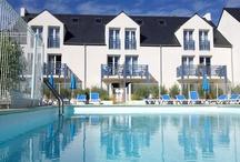 Audierne - Résidence An Douar / En face de la mer, cette résidence Goelia, vous propose des appartements confortables au coeur de la Bretagne authentique et traditionnelle. Détendez vous autour de sa piscine extérieure et profitez de son calme pour vos vacances.