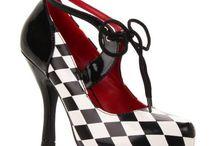 Chaussures originales / Envie de vous faire plaisir avec une jolie paire de chaussures à talon aiguille, oui mais originales....