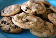 Sweet Recipes / by Anastasia Bocolas