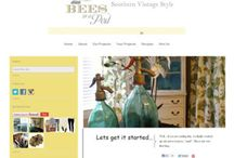 2 Bees in a Pod / Blog design