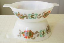 Vintage Pyrex Dishes / by Brenda Wehrly