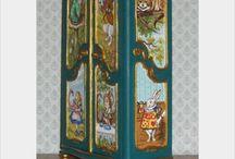 Alice Board / Logo/Illustration ideas in the mood of Alice in Wonderland